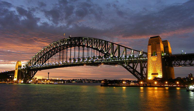 800px-Sydney_harbour_bridge_new_south_wales