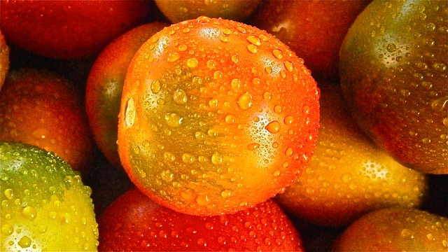 5 Healthy Reasons to Eat More Tomatoes