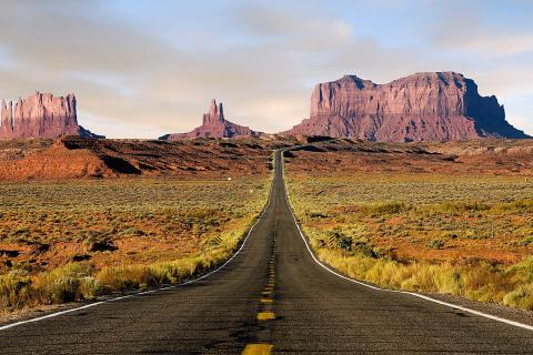 monument-valley-utah-roads-route-66-1743389-480x320