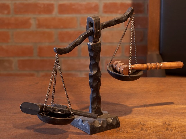 Why Become A Criminal Lawyer