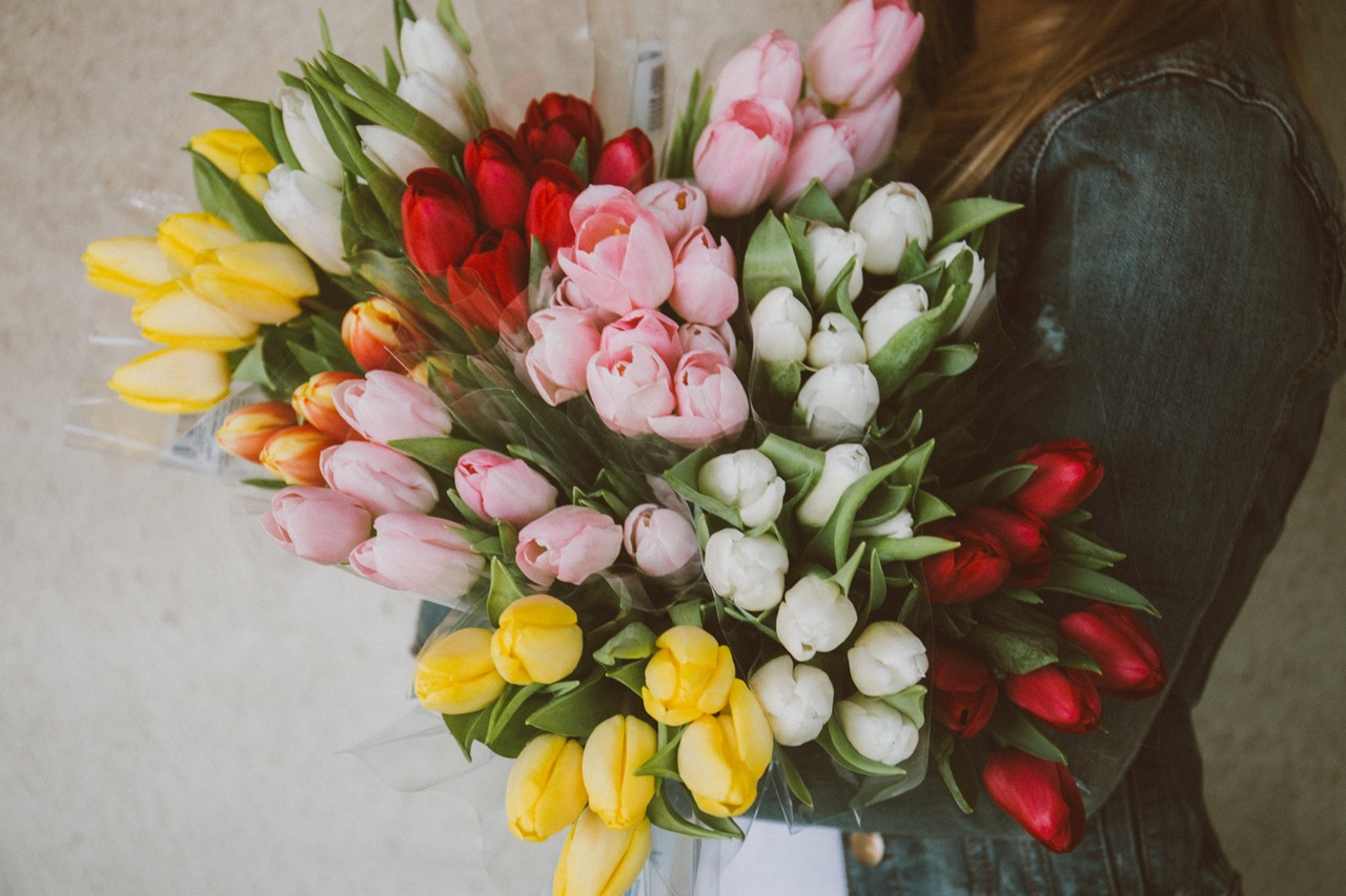 Why flowers make the best gift