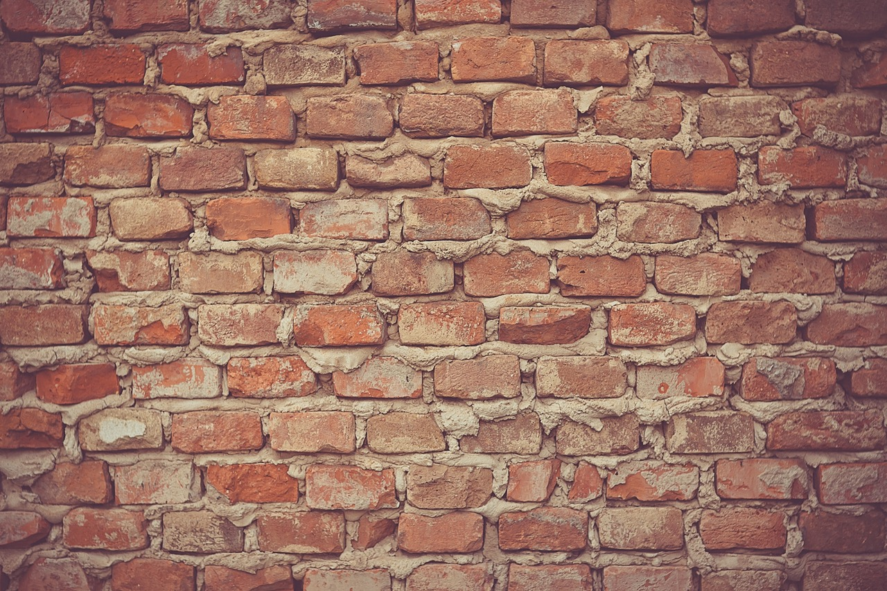 Essential Bricklaying Tips for Beginners